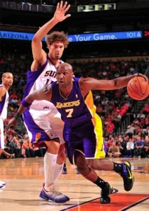 Lamar Odom vs. Suns - 10.29.10