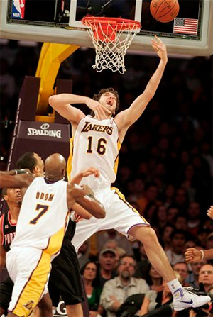 Paul Gasol vs. Trail Blazers - 11.07.10