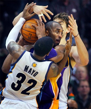 Kobe Bryant vs. Grizzlies - 11.30.10