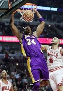 Kobe Bryant slams home two against Bulls.