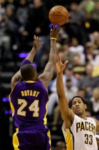 Kobe shoot for three against Pacers.